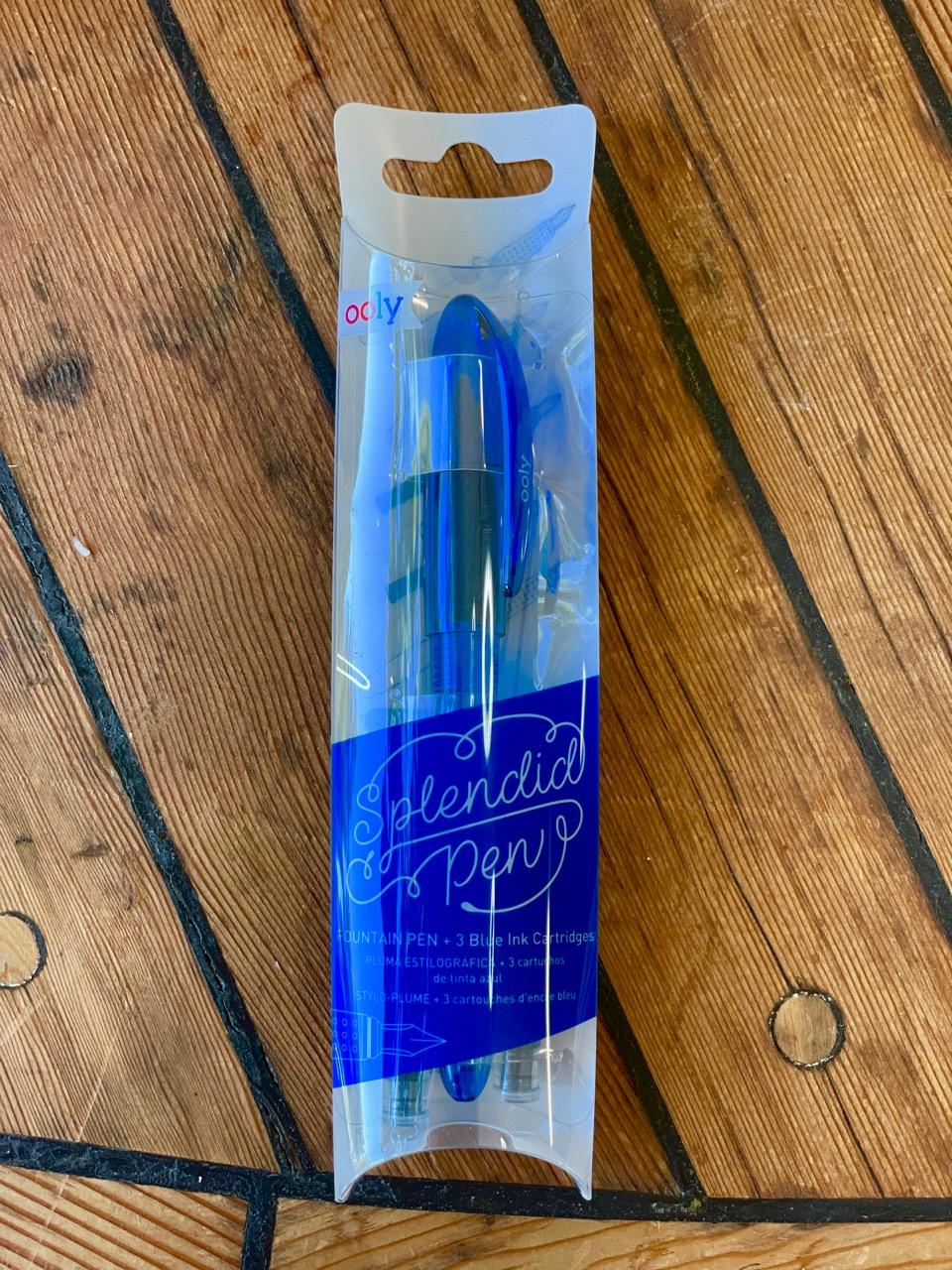 splendid fountain pen with three blue ink cartridges